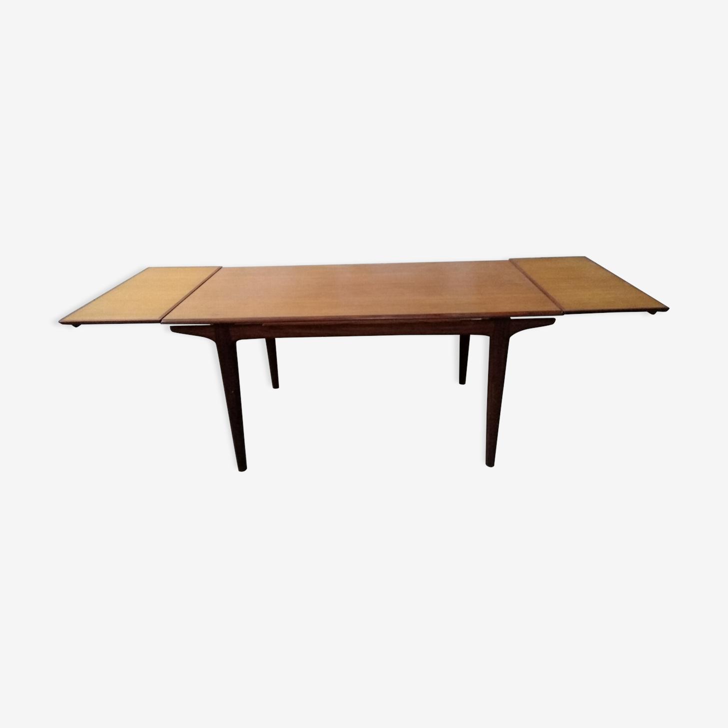 Table de salle à manger scandinave avec rallonge