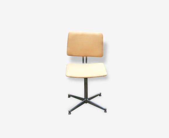 chaise de bureau vintage jaune
