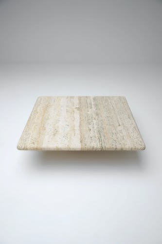 Table basse en travertin