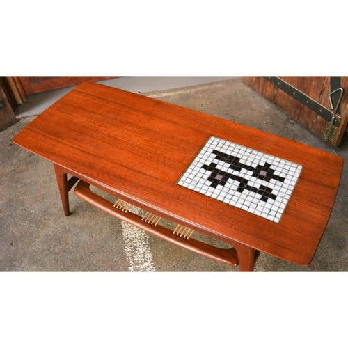 Louis van Teeffelen's coffee table No.16