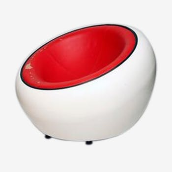 Egg pod ball armchair, by Eero Aarnio, 1960