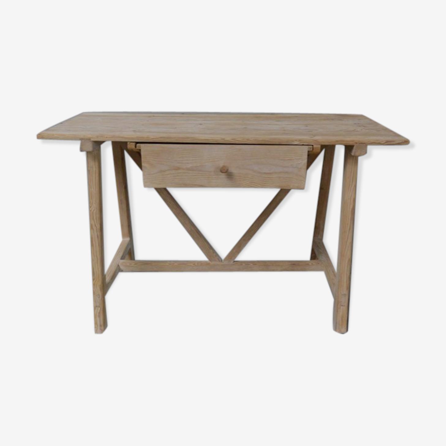 Table avec un tiroir