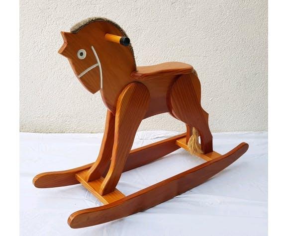 Cheval à bascule en bois des années 70