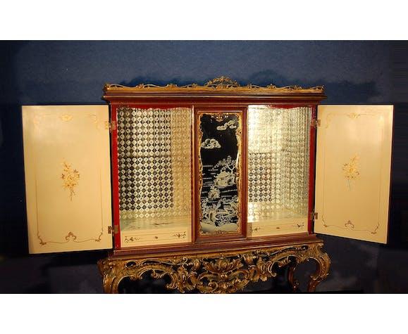 Cabinet Japonisant