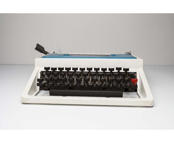 Typewriter Underwood 315 laptop blue and black