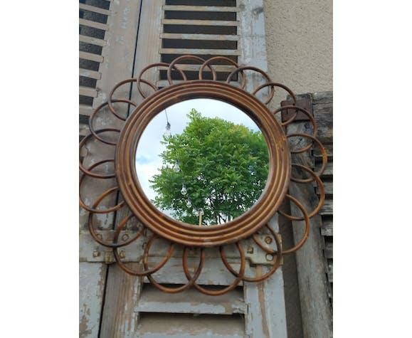 Miroir en rotin forme soleil fleur 23cm