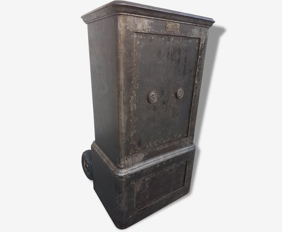 coffre fort fichet ancien safe old antique m tal industriel 110513. Black Bedroom Furniture Sets. Home Design Ideas