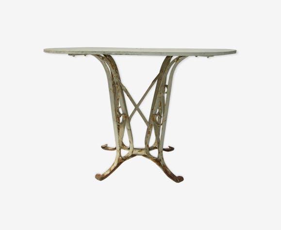 Table de jardin ancienne de style eiffel
