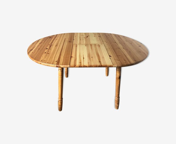Table ronde en pin verni avec rallonge
