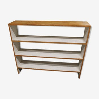 Old shelf to ask