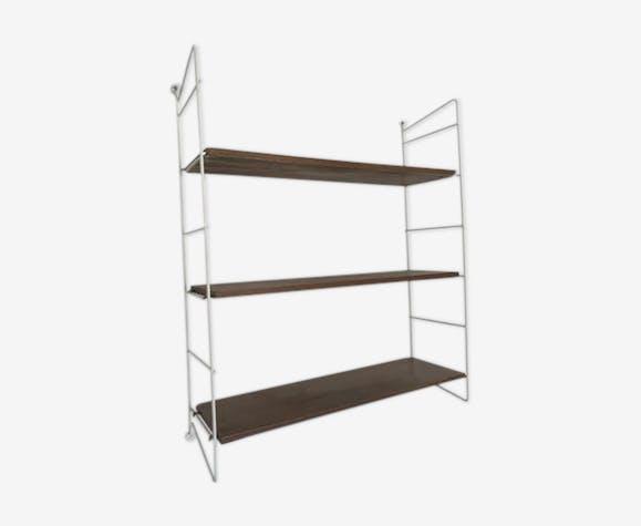 String wall shelves