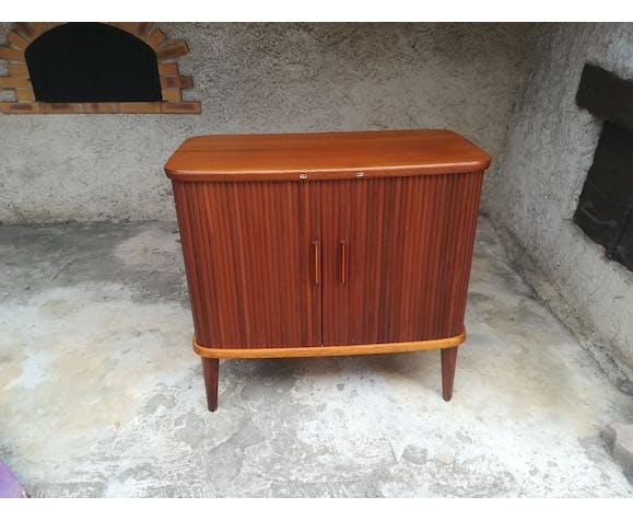 Meuble bar a rideaux