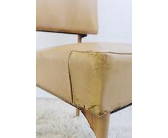 Chair in leather and iron