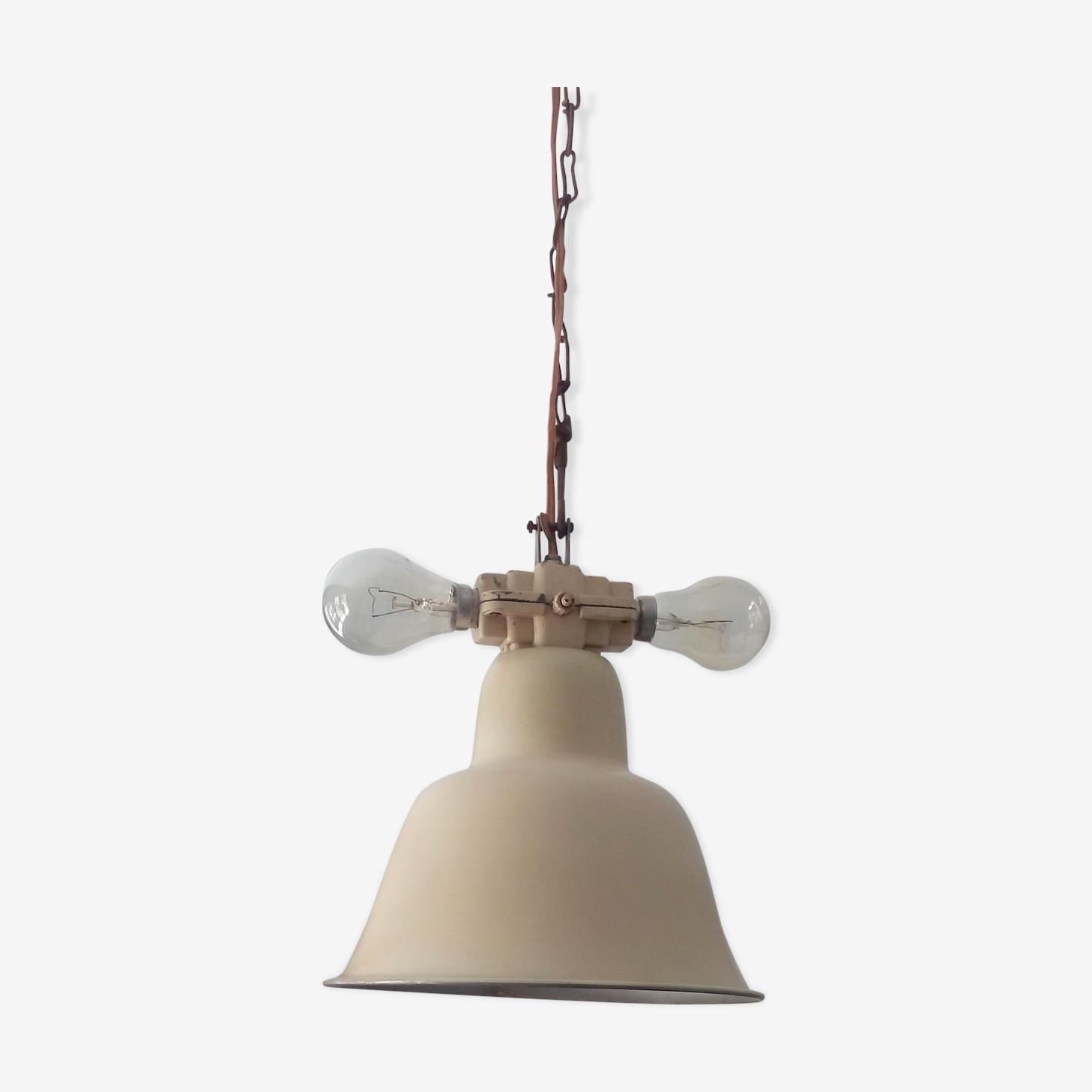 Industrial hanging lamp years 40