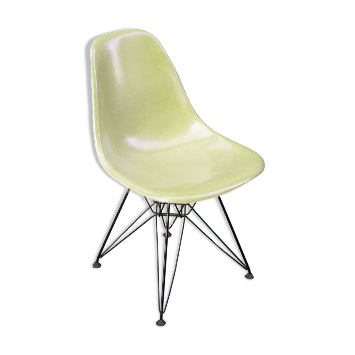 chaises charles et ray eames chaise avec coussin amovible en fil chaise par charles ray et. Black Bedroom Furniture Sets. Home Design Ideas