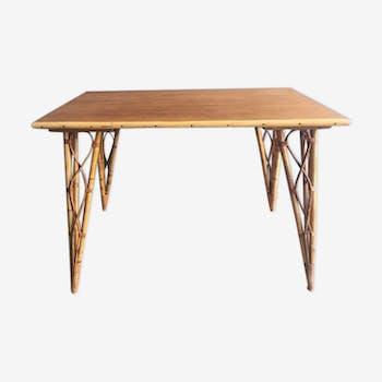 Table en rotin