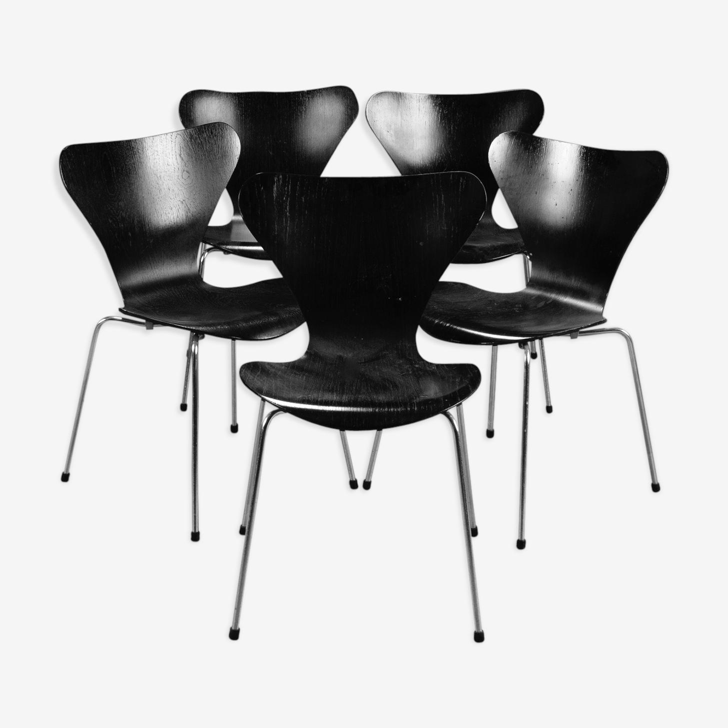 Suite de 5 chaises Arne Jacobsen par Fritz Hansen