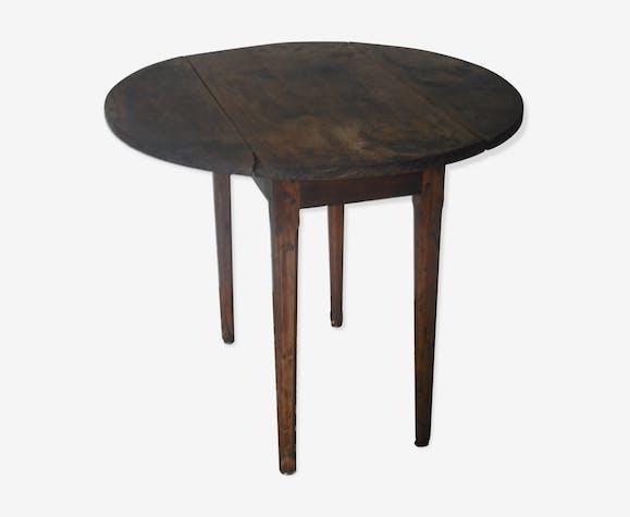Table de vigneron ovale  en noyer