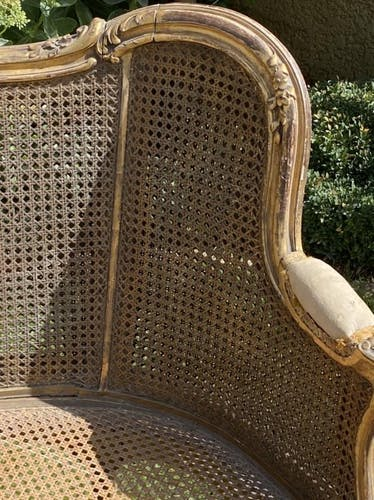 Canapé banquette cannage & bois doré style Louis XV