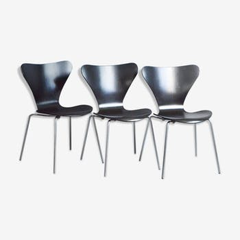 Set of three Series 7 dining chairs by Arne Jacobsen for Fritz Hansen, 1970