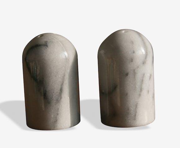 Salière et poivrier en marbre