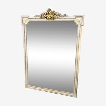 Miroir style Louis XVI en plâtre rose clair et dorures 125 x 174 cm