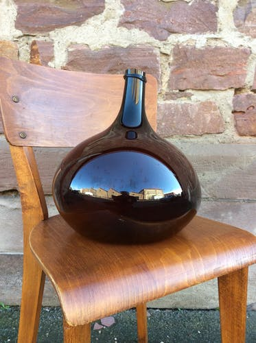 Demijohn from the 19th brown amber, in good condition