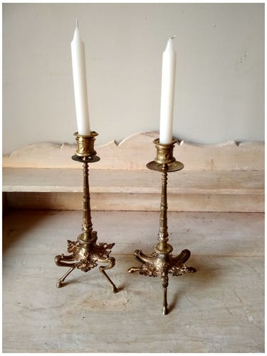 Paire de bougeoirs tripodes en bronze 19 ème siècle