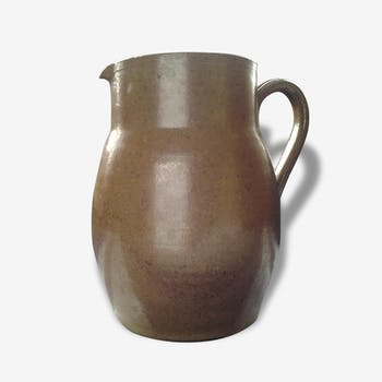 Numbered enamelled stoneware pitcher