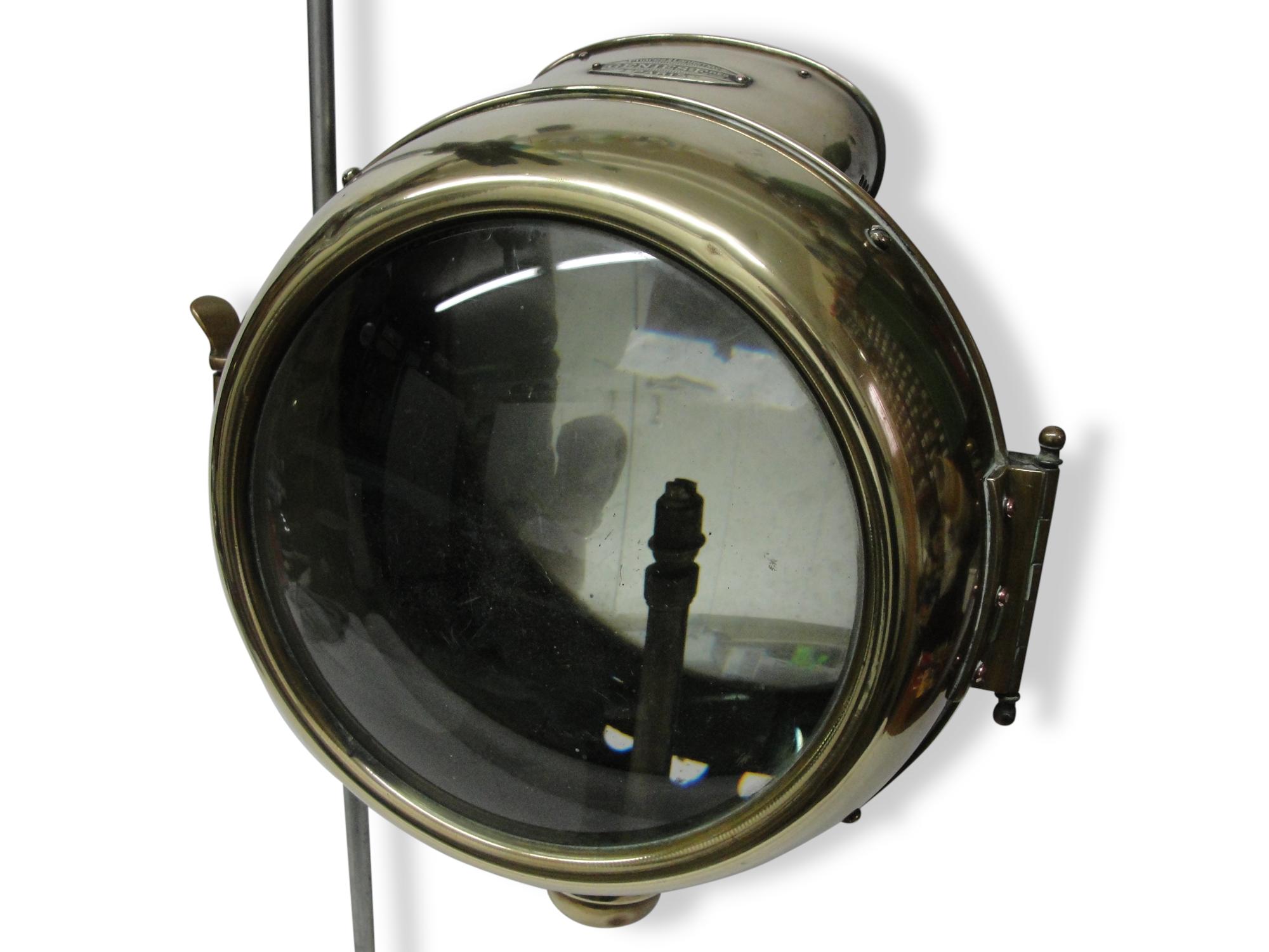 Projecteur de marine