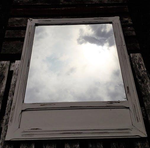 Old mirror 87x114cm