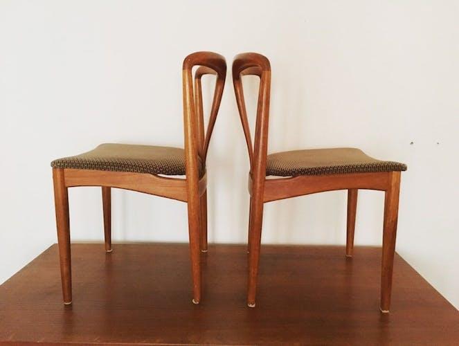 Set of 2 danish chairs by Johannes Andersen