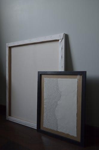Illustration brodée - ombre de femme - 21x30cm