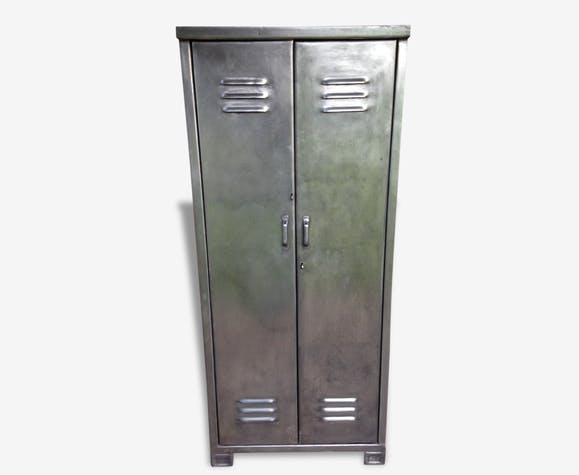 armoire m tallique industrielle ann es 1950 m tal industriel 33197. Black Bedroom Furniture Sets. Home Design Ideas