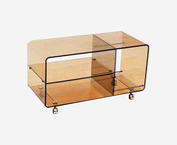table basse sur roulettes en plexiglas michel dumas ann es. Black Bedroom Furniture Sets. Home Design Ideas