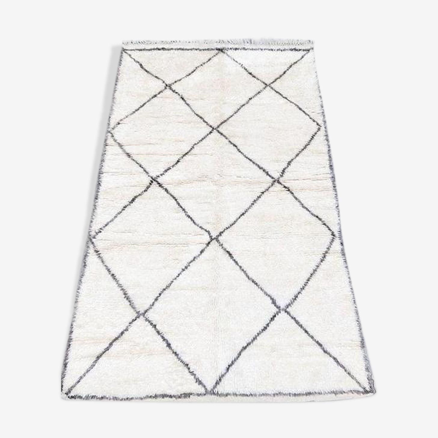 Tapis beni ouarain 255x150cm, tapis berbère, tapis marocain