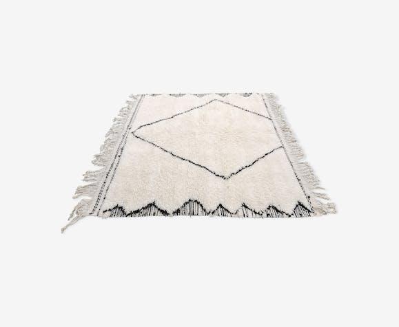 Tapis berbere beni ouarain en laine fait main 170x130 cm