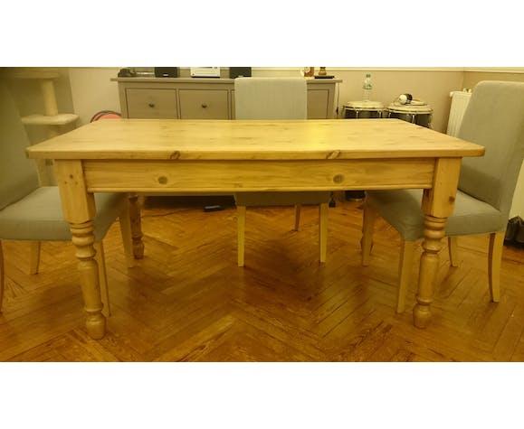 Table bois massif 6 à 8 places