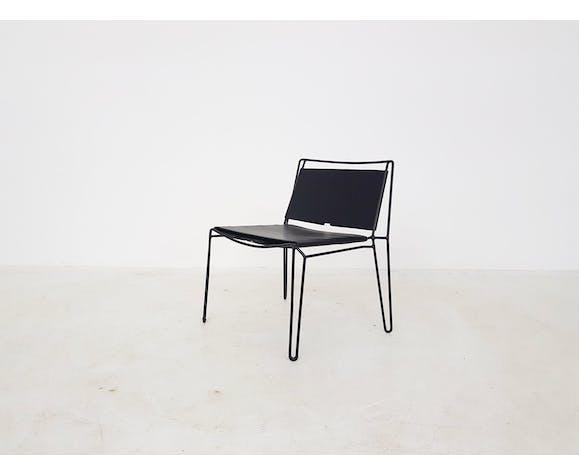 Fauteuil moderne en métal minimaliste