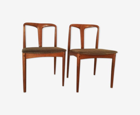 Set of 2 danish chairs by Johannes Andersen