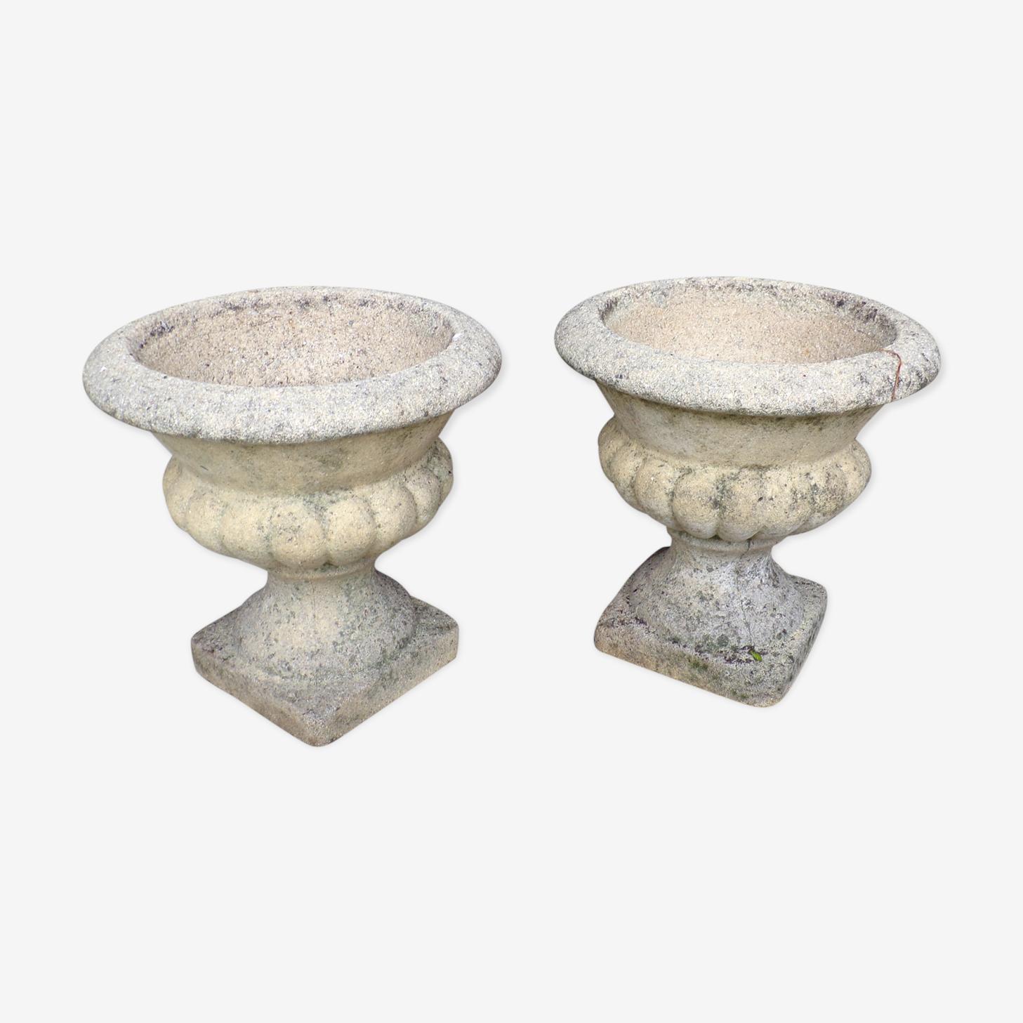 Pair of Medici vases