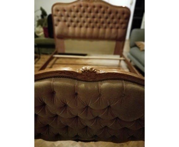 Pink velvet padded basket bed