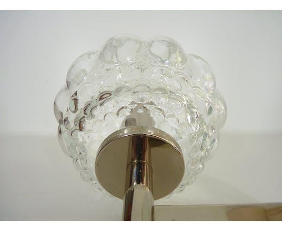 Applique murale en métal chromé et globe en verre