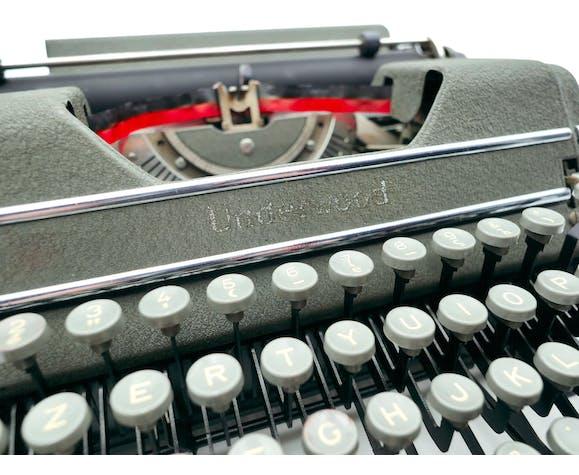 Machine à écrire Underwood Champion verte USA révisée ruban neuf 1948