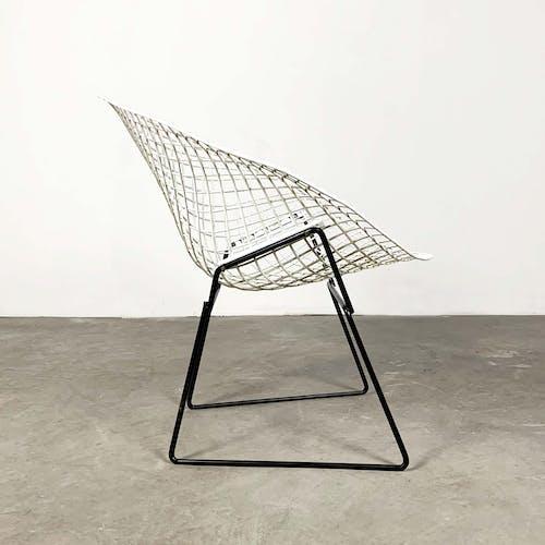 Fauteuil Diamond noir et blanc par Harry Bertoia pour Knoll 1960