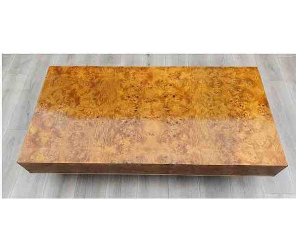 Table basse en loupe d'orme et laiton