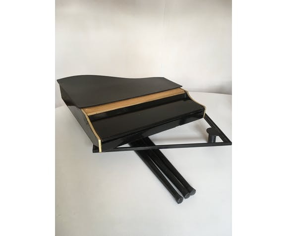 Piano à queue en bois Le Nain Bleu années 60