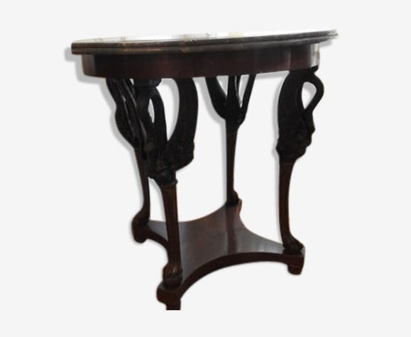 Table de milieu dessus plateau en marbre