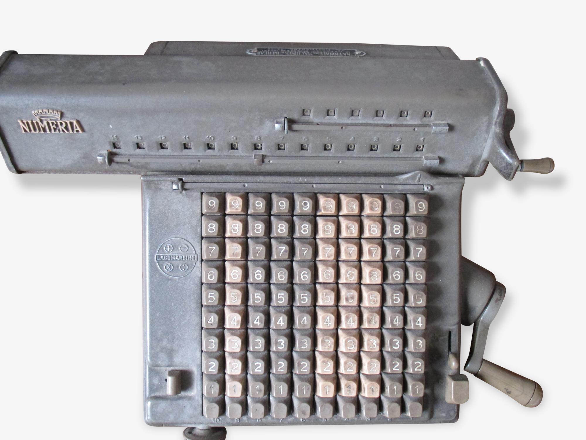 Machine à calculer des années 50 Numéria