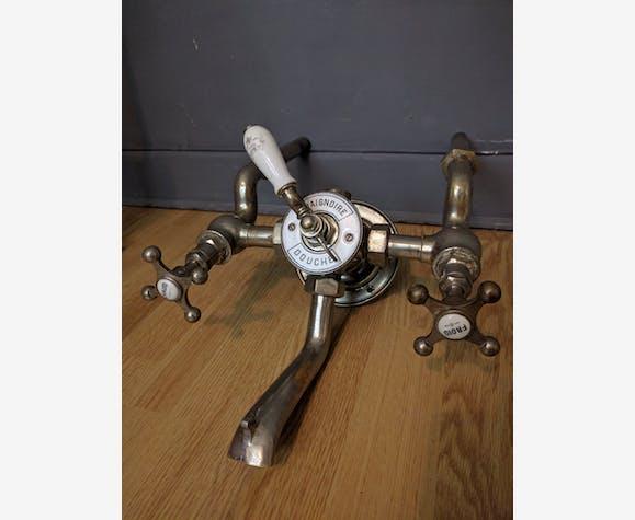 Authentique et ancien robinet de douche et baignoire époque 1900 ...